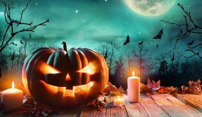 Хэллоуин: история, приметы и традиции праздника