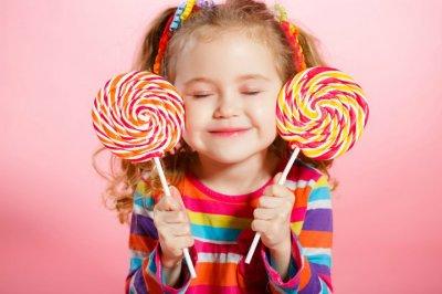 Доктор Комаровский рассказал, на что нужно заменить сладости детям