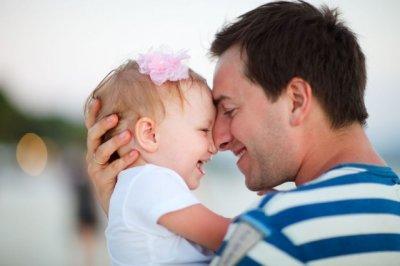 Психологи рассказали, как стать идеальным отцом