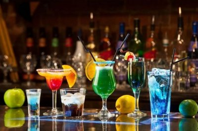 Врач рассказала, какая доза алкоголя повышает риски рака