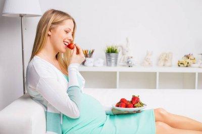 Ученые названы 5 продуктов, которые увеличивают шансы бесплодных женщин забеременеть