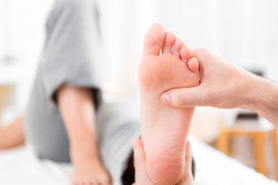 Врачи назвали природные добавки, которые помогут облегчить боль при артрите
