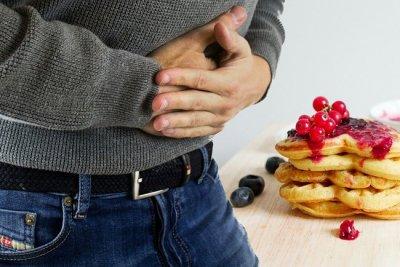Диетолог рассказал, как избавиться от привычки доедать до конца