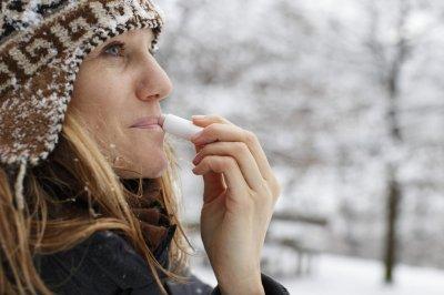 Дерматолог рассказала, как ухаживать за губами зимой