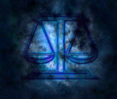 Астрологи: Водолей и Весы - самые проницательные знаки Зодиака
