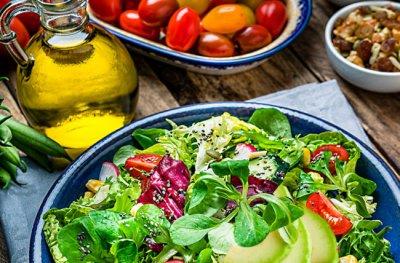 Доктор Дауделл назвал 5 способов снизить риск рака с помощью диеты