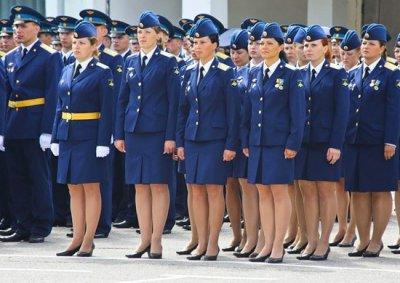 16 женщин стали командирами взводов ВДВ РФ