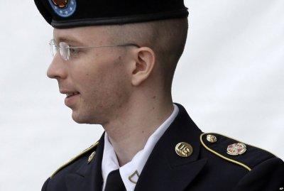 Информатор Wikileaks попросил Барака Обаму о помиловании