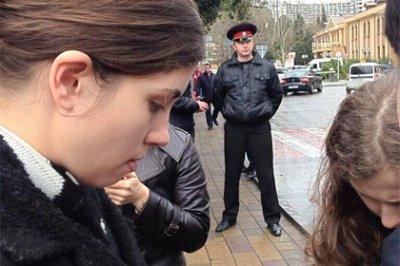 Толоконникову и Алехину арестовали в Сочи по подозрению в краже
