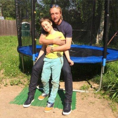 Евгений Плющенко показал фото старшего сына Егора