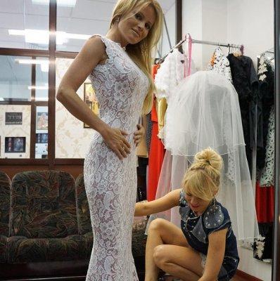 Дана Борисова продемонстрировала свадебное платье