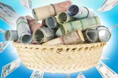Доллар начал дешеветь к мировым валютам после публикации протоколов ФРС США