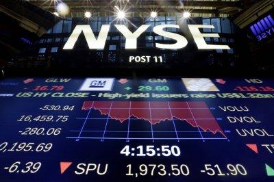 Индекс Dow Jones упал на 1000 пунктов