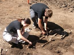 В Италии археологи нашли скелет «девочки-ведьмы»