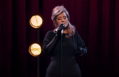 Певица Адель разыграла поклонников, тайно приняв участие в конкурсе своих двойников
