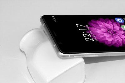 Oukitel выпустил смартфон K10000 с самой емкой в мире батареей