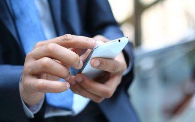 Мировой рынок смартфонов вырос на 10%, лидеры - Samsung и Apple