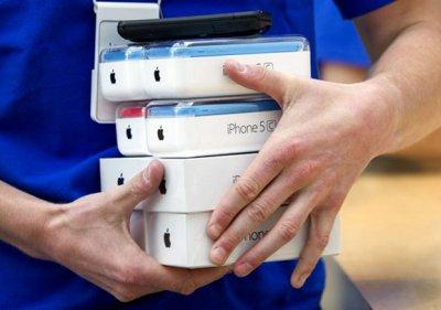 Квартальные продажи iPhone снизились впервые в истории