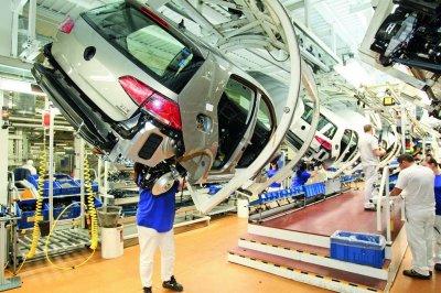 Volkswagen сократит 3 тысячи сотрудников из-за дизельного скандала