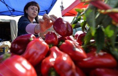 Россия ввела ограничения на ввоз перца и граната из Турции