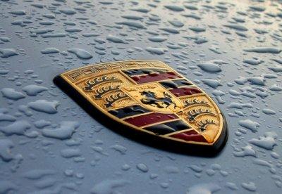 Porsche выплатит сотрудникам премии по 9 тыс евро
