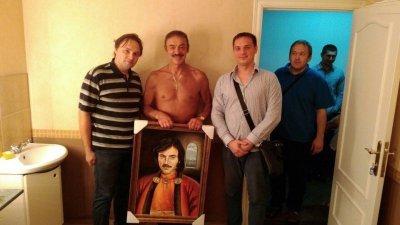Михаил Боярский предстал перед фотокамерой без одежды