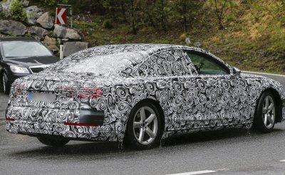 Новое поколение Audi A8 проходит дорожные тесты