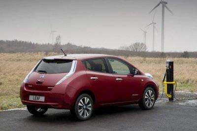 Nissan планирует создать конкурента Renault Zoe