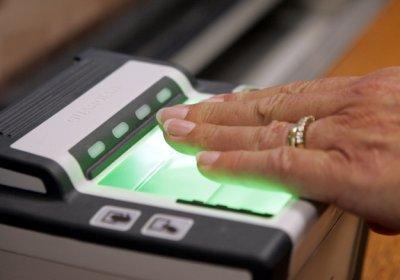 В следующем году в США будут оплачивать покупки отпечатком пальца