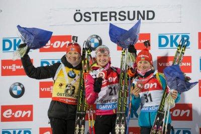 Чешская биатлонистка Коукалова выиграла гонку преследования в Эстерсунде