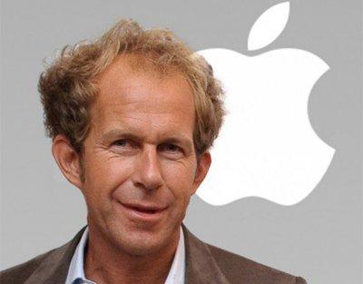Создателя умных часов Apple Watch понизили в должности