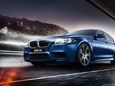 В Сети появились изображения BMW M5 2018