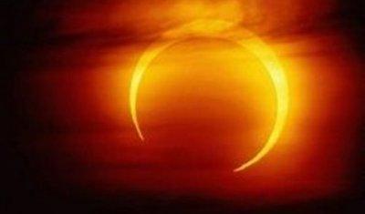 Жители Земли увидят кольцевое солнечное затмение