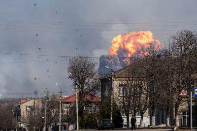 Балаклея: взрыв боеприпасов продолжается до сих пор