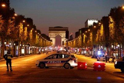 Подозреваемый в теракте в Париже сам пришел в полицию Антверпена