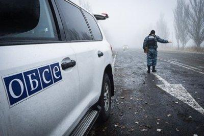 В ЛНР при подрыве автомобиля ОБСЕ погиб один человек