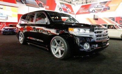 Внедорожник Toyota Land Cruiser разогнали до 370 км в час