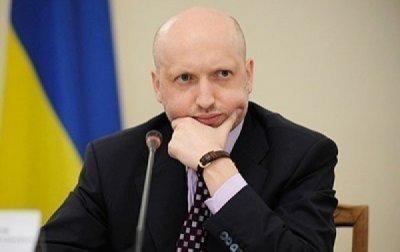 Турчинов обещает пускать россиян на Украину по отпечаткам пальцев