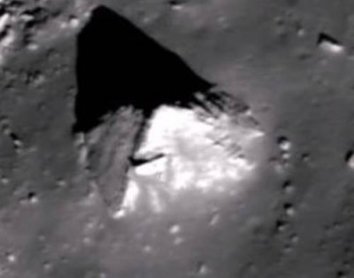 Уфологи обнаружили на Луне древнюю пирамиду инопланетян