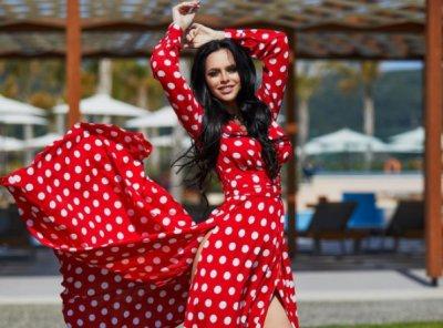 Свадьба Ольги Рапунцель и Дмитрия Дмитриенко: Виктория Романец рассказала о свадебном платье звезды «Дома-2»
