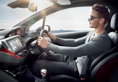Эксперты назвали топ-5 привычек водителей, которые убивают автомобиль
