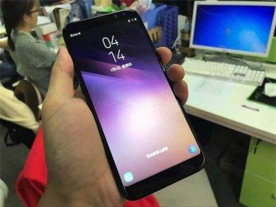 Китайская компания презентовала бюджетный клон iPhone X