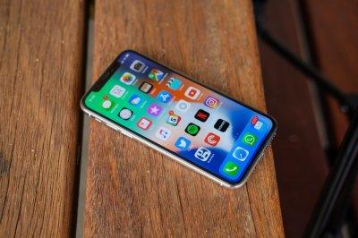 Лучшим смартфоном уходящего года признан Apple iPhone X