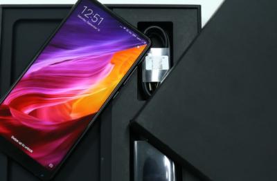 Компания Xiaomi представила флагман Mi Mix 2s