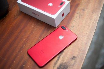Компания Apple выпустит красные iPhone 8 и 8 Plus