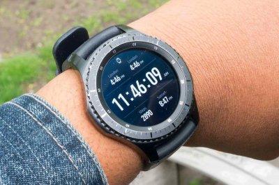 Samsung представила «умные» наручные часы Galaxy Watch