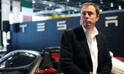 Бывший вице-президент General Motors предрек скорый крах Tesla